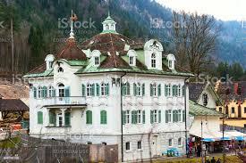 bemalten traditionellen bayerischen häuser in der nähe schloss neuschwanstein in deutschen alpen in bayern stockfoto und mehr bilder alpen