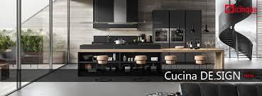cuisine moderne design avec ilot cuisine moderne gris anthracite et bois