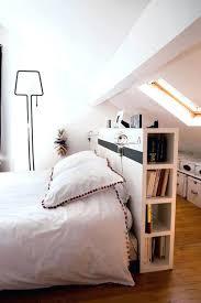 chambres sous combles chambre sous comble une chambre bien organisace chambre sous