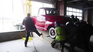 100 Tennessean Truck Stop George Jones Truck Gets Lifted Into George Jones Museum YouTube