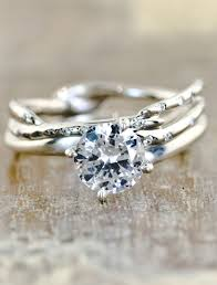 1 Unique Engagement Rings 0723 Courtesy