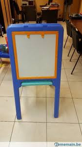 bureau tableau petit bureau tabouret et tableau 2 faces a vendre 2ememain be