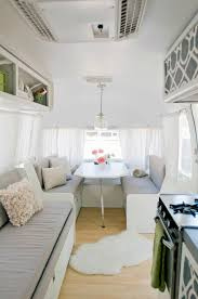 25 Stunning Trailers Homes With 4 Wheels