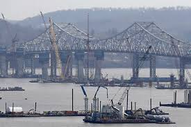 Tug Boat Sinks by New York Tugboat Sinks In Hudson River One Dead Two Missing