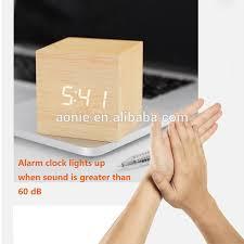 digital wecker holz led licht mini moderne cube schreibtisch wecker displays zeit datum temperatur für kinder schlafzimmer home buy holz wecker led