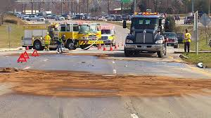 100 Game Truck Richmond Va VIDEO Multivehicle Crash Causes Fuel Spill On Hull Street Road