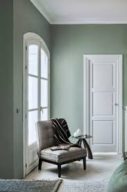 color combination with light green for highlight wall best