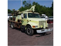 2000 INTERNATIONAL 4700 Digger Derrick Truck For Sale Auction Or ...