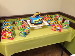 100 Tonka Truck Birthday Party Truck Cake Boy Birthday Party Ideas Pinterest