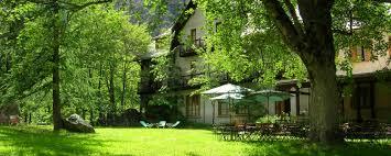 bureau des guides vallouise chalet hotel d ailefroide site officiel au parc des ecrins