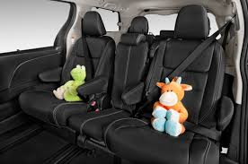 Luxury Suv With Second Row Captain Chairs by 10 Of The Best Auto Buys With 3rd Row Seating