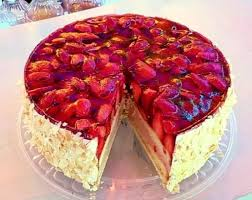 veganer erdbeer vanille kuchen