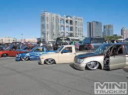 100 Custom Trucks Magazine Japan