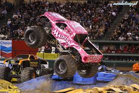 Videos De Monster Trucks - 28 Images - Monster Truck Wikiwand ... Grave Digger Monster Truck Driver Recovering After Serious Crash Report Trucks Film 2017 Filmstartsde Jam Crush It Gamemill Eertainment This Badass Female Does Backflips In A Scooby Scary Stunts Kids Videos Pinterest Bigfoot Vs Usa1 The Birth Of Madness History Scbydoo Story Behind Everybodys Heard Of I Loved My First Rally Event Details 98 Kupd Arizonas Real Rock El Toro Loco