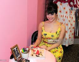 meet and greet with claire sinclair the face of bettie page