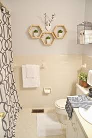 Pinterest Bathroom Ideas On A Budget by Best 25 Rental Bathroom Ideas On Pinterest Rental Decorating