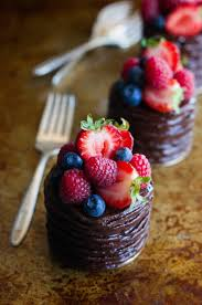 Cakes Decorated With Fruit by Fancy Cake U2013 Seductive Mini Cakes The Inspired U2013 Fresh Design Pedia