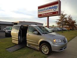 2016 Chrysler Town & Country Braun Ability Xi - GR205895 - Kansas ...