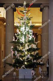 The Tate Britains Christmas Tree Decorated By Artist Sarah Lucas Cherubim Allegory Of Love