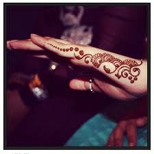 Side Of Hand Simple Henna Design