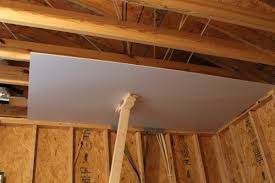 Hanging Drywall On Ceiling Or Walls First by How To Hang Drywall On Ceiling By Yourself Pranksenders