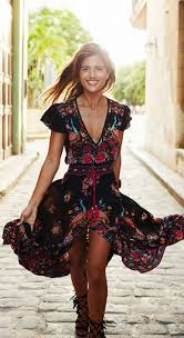 Floral And Vintage In One Look What Can You Ask For This Dress Is Summer Dresses With SleevesBoho