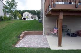 Panofish » Building A Shed Under A Deck Landscaping Design For Small Spaces Best Sloped Backyard Deck Deck Plans Hgtv Taming A Slope Sunset Best 25 High Ideas On Pinterest Railings Diy Storage Sloping Sloped Backyard Designs Decks How To Build Floating 3 Steps Under Foot Outdoor Flooring Buyers Guide Make Dynamic Statement With Multilevel Gardening Building 24 X 20 Steep Slope Backyards And Design Ideas Interior