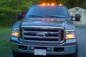 Here s Why Some Trucks Have Those Little Orange Lights on the Roof