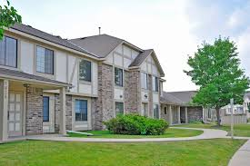 3 Bedroom Apartments Milwaukee Wi by Tanglewood Apartments In Oak Creek Wi Edward Rose