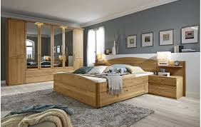 schlafzimmer in erle massivholz und beleuchtung 73110300002