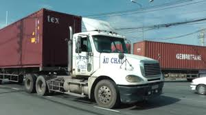 NORTH AMERICAN TRUCKS AT CAT LAI PORT SAIGON 2012 - YouTube