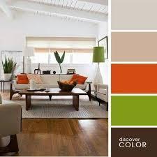 farbkombination creme braun orange und grün wohnzimmer