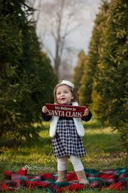Millers Christmas Tree Farm Indiana by Christmas Tree Farm Family With 4 Month Old New Jersey Christmas