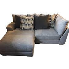 Raymour And Flanigan Furniture Dressers by Raymour U0026 Flanigan Garrison 2 Piece Leather Sectional Aptdeco