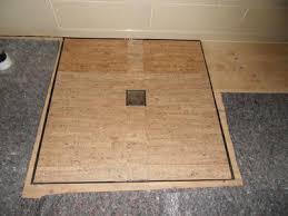geeignete untergrund für dusche und badewanne auf