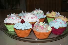 cupcakes chocolat blanc crème chantilly ou crème au beurre les