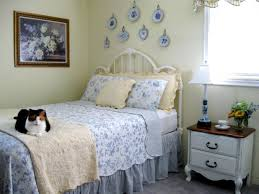 Renovate Your Hgtv Home Design With Fabulous Cool Cottage Style Bedroom Ideas And Become Amazing