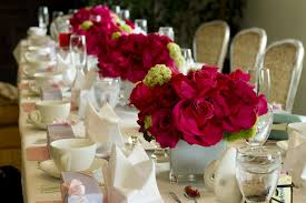 Dining Room Table Decorating Ideas For Spring by Decorations Luxury Long Table Decoration With Beautiful Red Flower