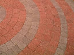 how to lay a garden patio how to lay a circular paver patio how tos diy