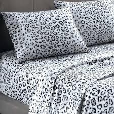 animal print quilt covers cheetah print bedroom ideas leopard