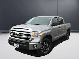 100 4wd Truck PreOwned 2016 Toyota Tundra 4WD SR5 Crew Cab Pickup In