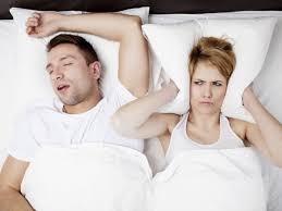 darum machen getrennte schlafzimmer glücklicher