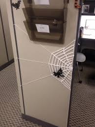 Halloween Cubicle Decorating Themes by Spider Web Cubicle Decor Lol Kelda U0027s Creations Pinterest