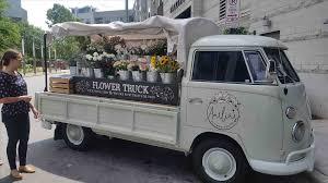 Iriskayaday Flower Truck Nashville Knot Sisters The Mandatory Mooch Travel Bites Sprinkles Cupcakes In