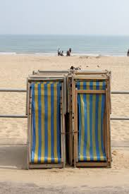 Telescope Beach Chairs With Cup Holder by 25 Best Striped Beach Chair Images On Pinterest Beach Chairs