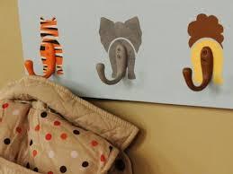 décoration jungle chambre bébé déco maison diy des patère animales pour chambre d enfant