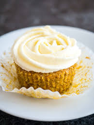 The best Carrot Cake Cupcakes with a not too sweet cream cheese frosting on