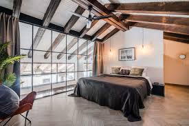 einmalige 2 schlafzimmer loft wohnung in benahavis pueblo