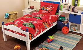 give your child s bedroom cartoon makeover