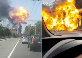 100 Tanker Truck Explosion At Least 2 Killed By Tanker Truck Explosion Across Italy Motorway